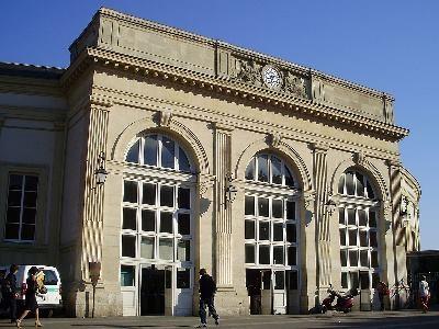 Gare de Denfert-Rochereau ( Ex : gare du chemin de fer de Sceaux et d'Orsay )